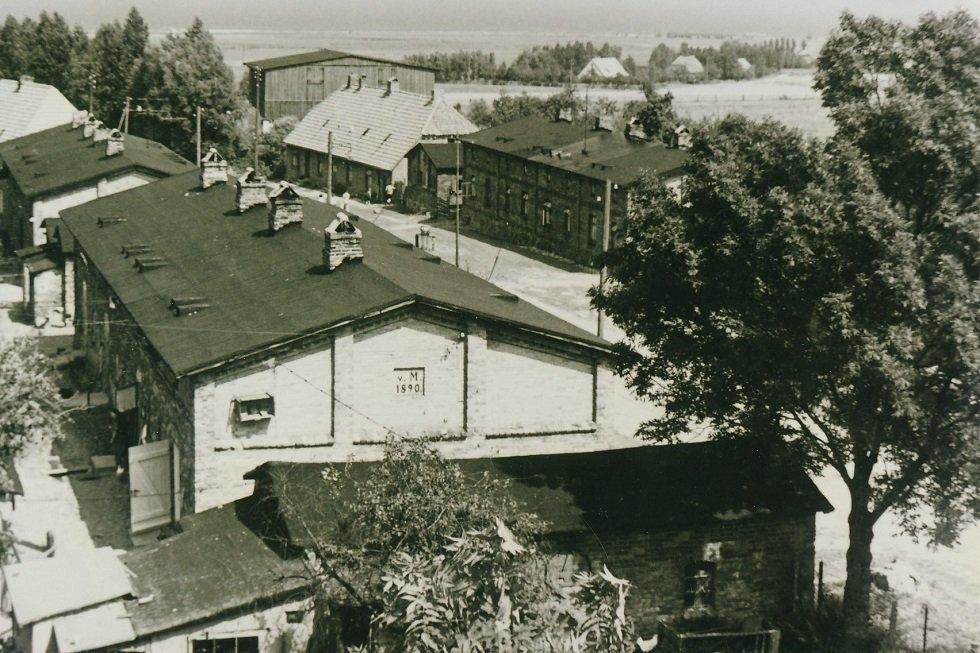 Dorfstraße um 1960