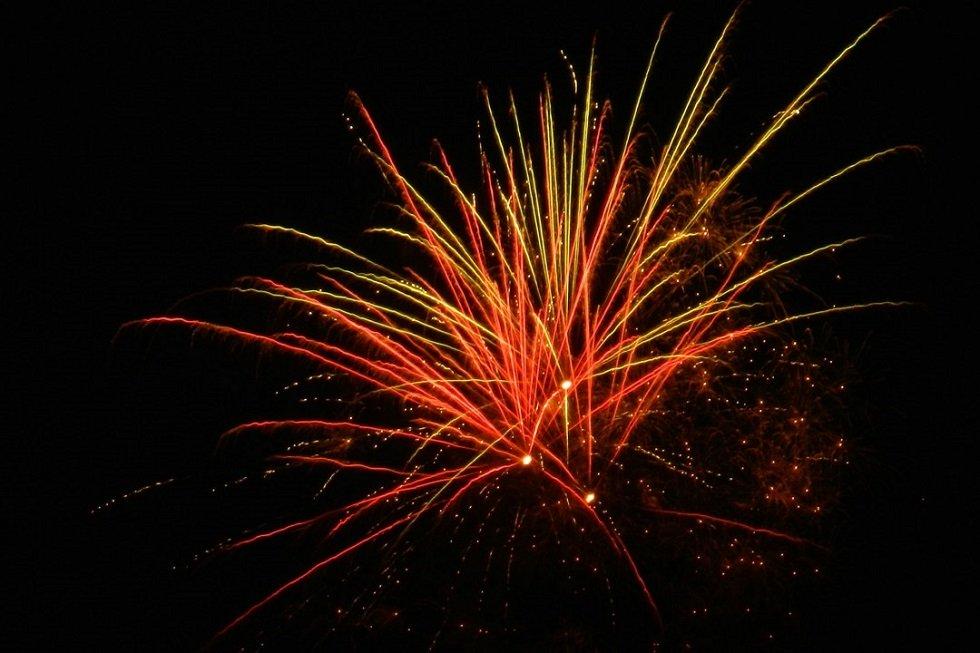 Feuerwerk am Salzhaff