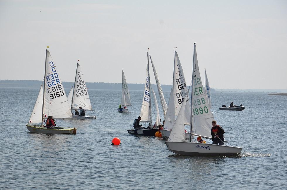 Segelboote auf dem Haff